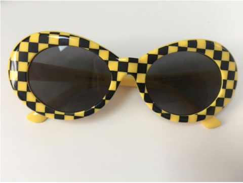 c5ae0886c08f Clout Goggles Kurt Cobain Playboi Carti Migos Rapper Star Style Oval  Sunglasses