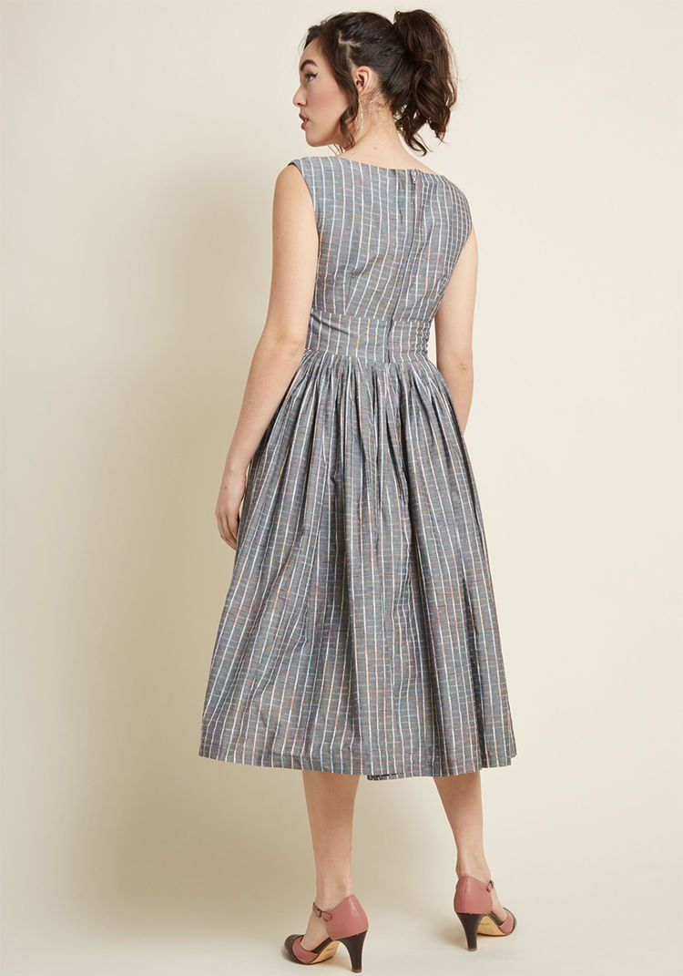 Fabulous Fit And Flare Dress With Pockets In Grey Plaid Floral Flared Dress Flare Dress Fit And Flare Dress