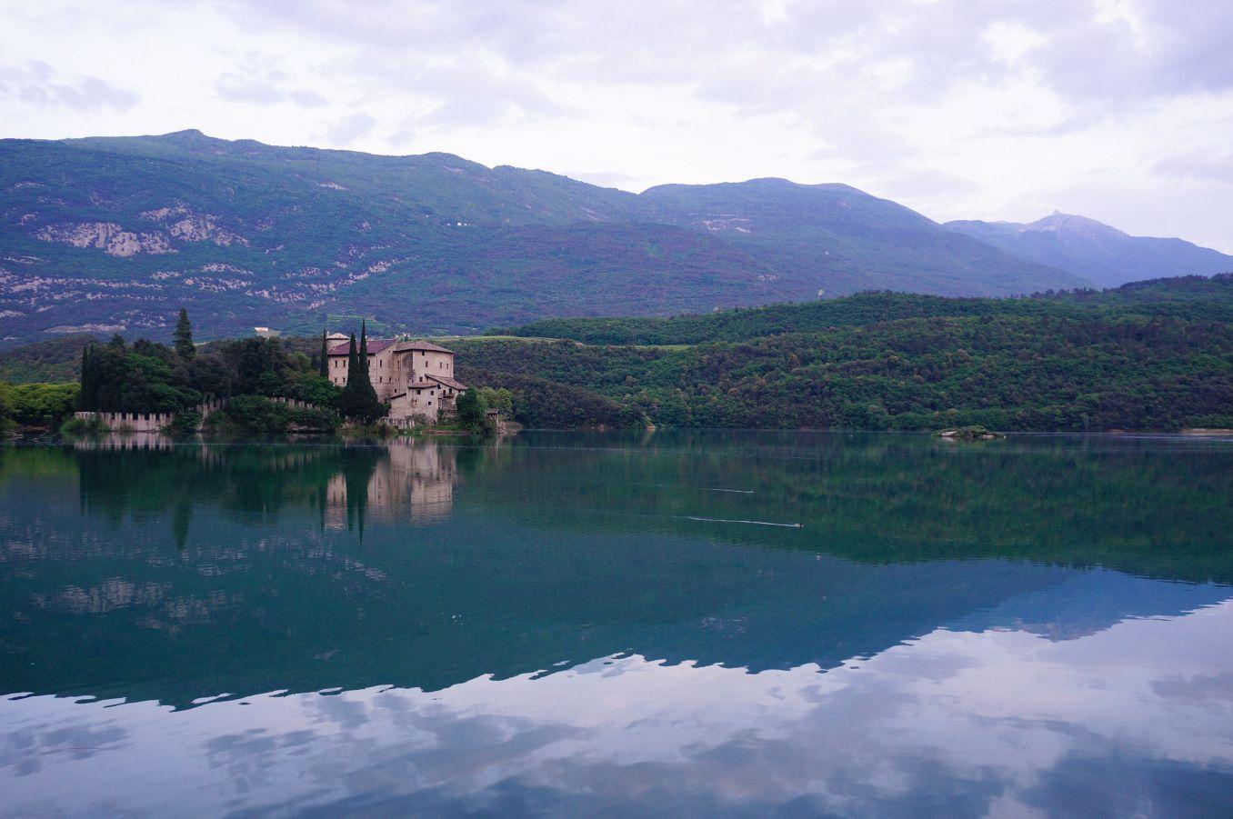 Castle Toblino, Italy  #castle #lake #fairytale #travel #photography #italy #italia #toblino #mountains #scenery