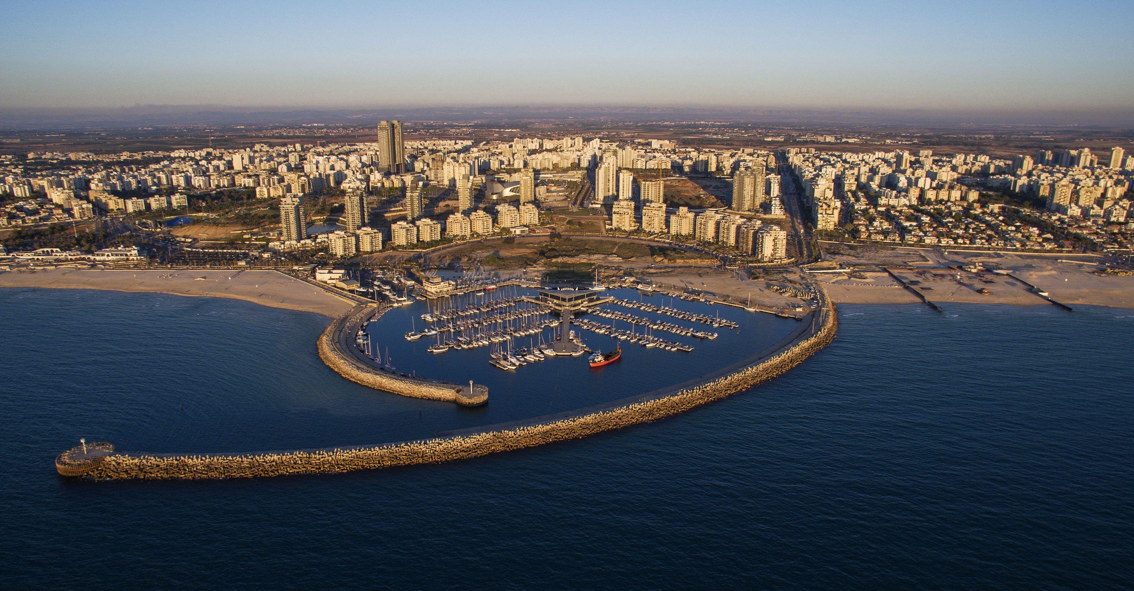Ashdod Marina: Israel Travel, Travel Agent, Ashdod