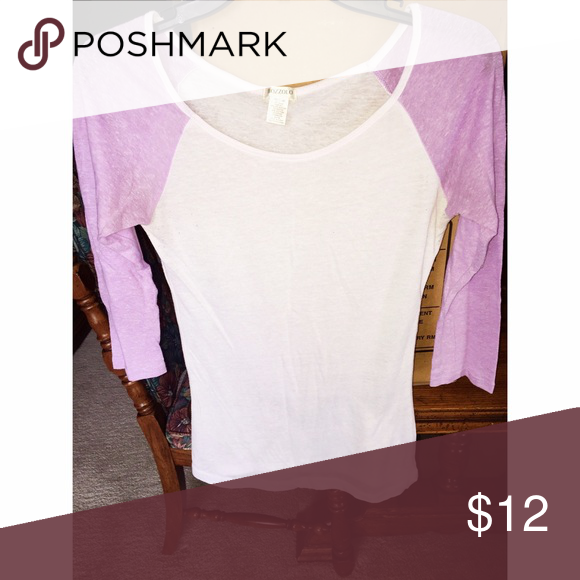 Purple & White Baseball Tee This 3/4 sleeve baseball tee is super cute, comfy, and casual! A basic but great item to have handy in your closet! Tops Tees - Long Sleeve