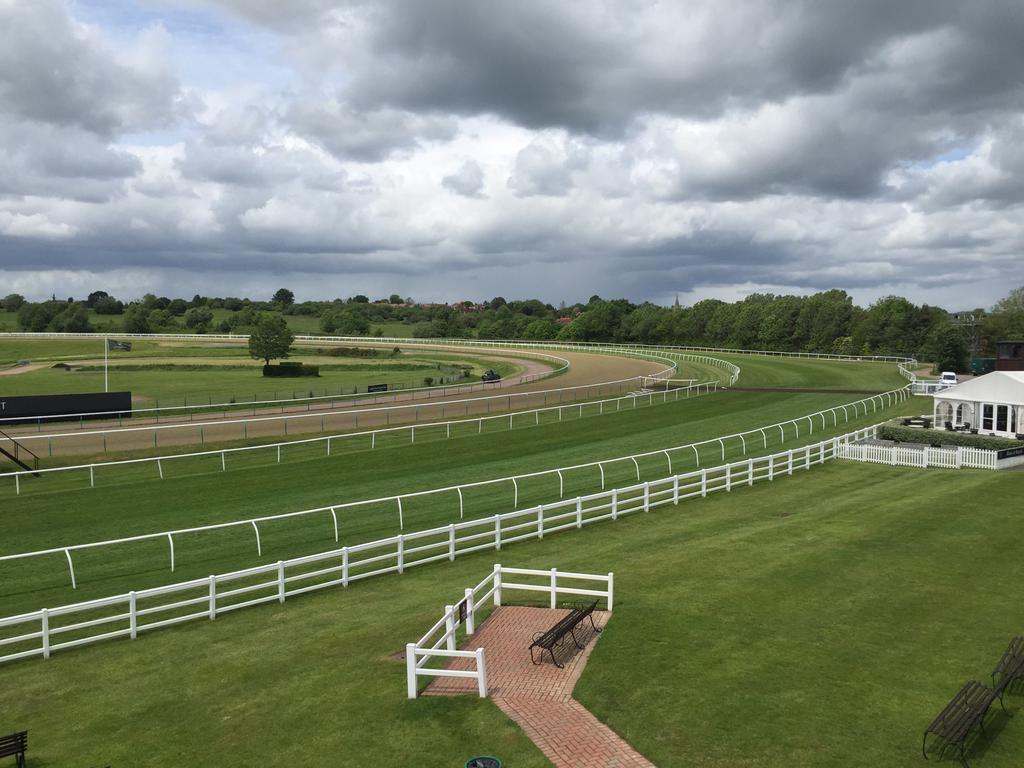 LingfieldPark Racecourse, Surrey