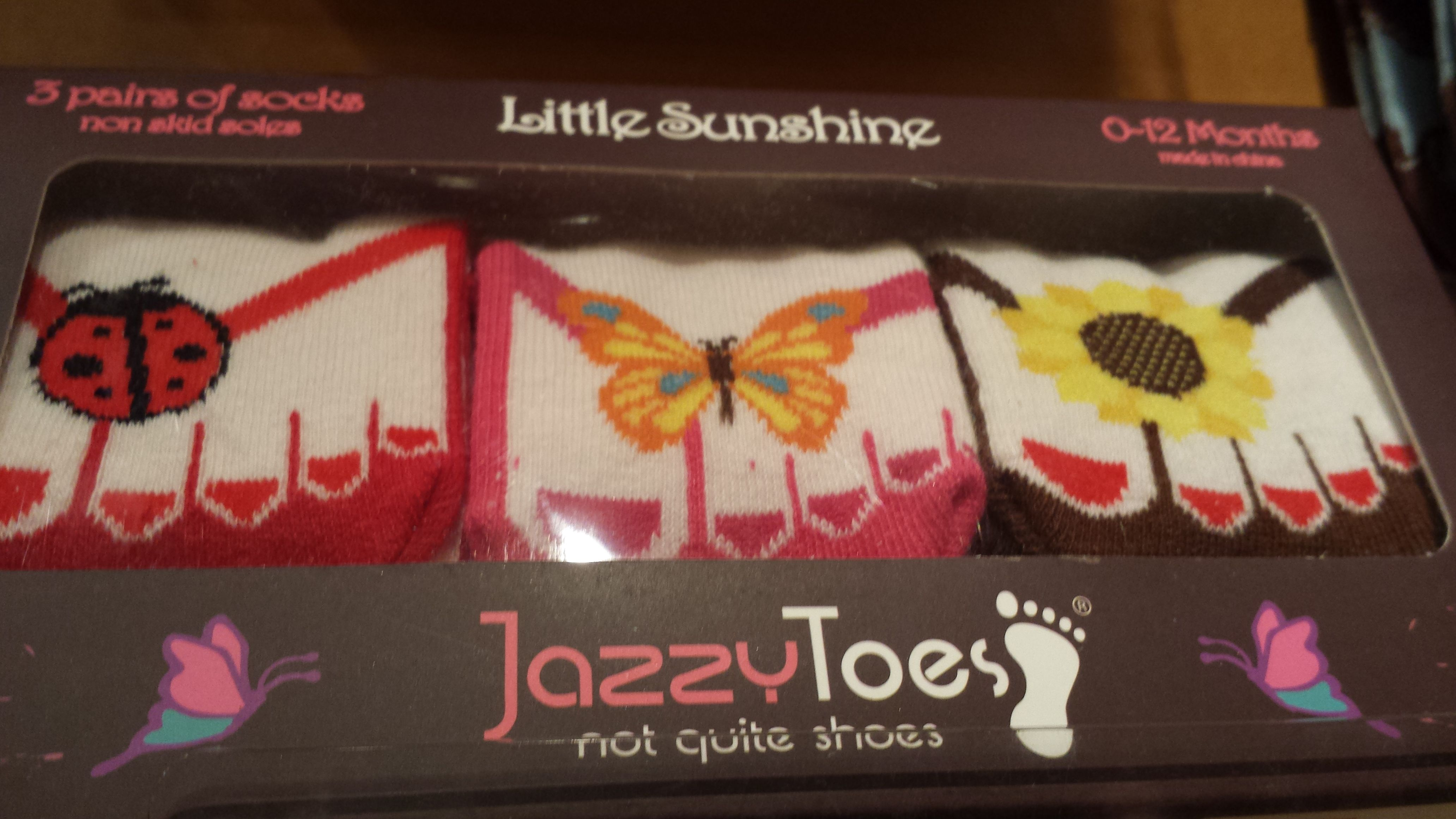 These adorable Jazzy Toes socks can be found at Acorns ...