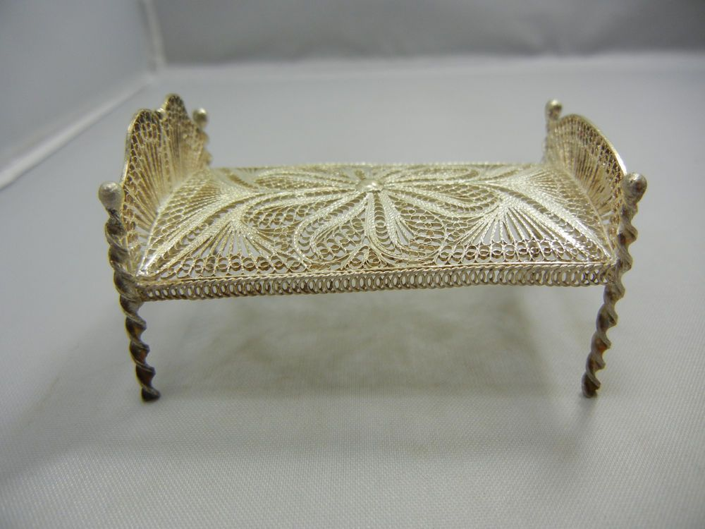 Wonderful ANTIQUE STERLING SILVER FILIGREE MINIATURE DOLL HOUSE FURNITURE BEDROOM BED
