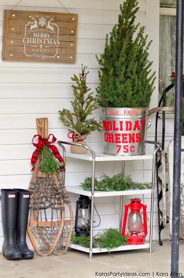 Rustic Plaid Farmhouse Cabin Christmas Tree