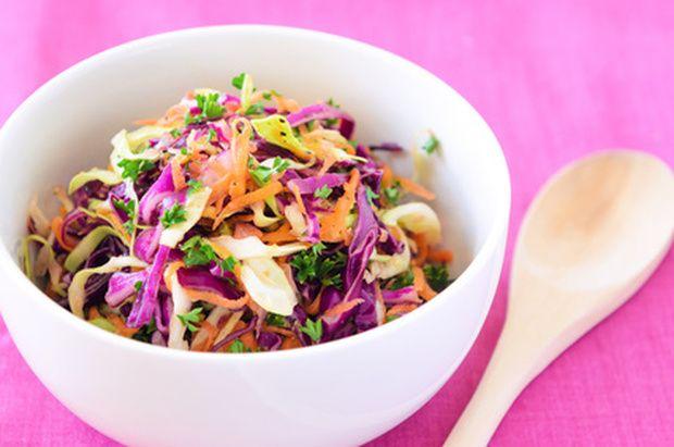 Summery Pad Thai Salad - Low Fat Raw Vegan