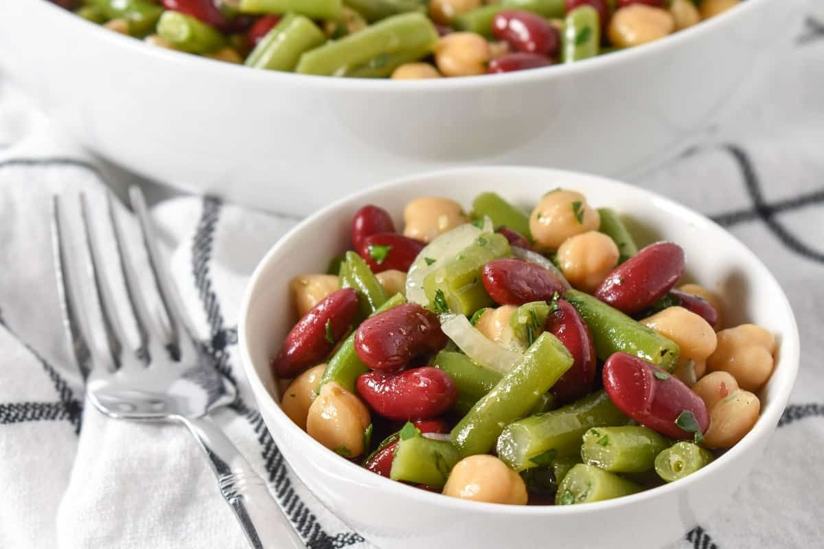 This Three Bean Salad Recipe Is Simple Affordable And Delicious Green Beans Red Kidney Beans And Garbanz In 2020 Bean Salad Recipes Three Bean Salad Harvest Recipes