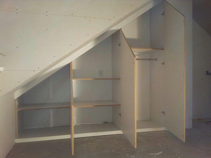 Kledingkast schuin dak zolder pinterest - Decoratie zolder ...