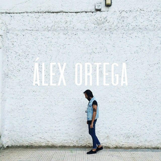 Hemos ido de propio a conocer a Álex Ortega, fotógrafo y músico. Sus fotos y su música en el bandcamp de Calavera ( #somoscalavera ) ¿Deseando conocer los sitios donde a Alex le gusta #irdepropio? Muy pronto…  #irdepropioalexortega