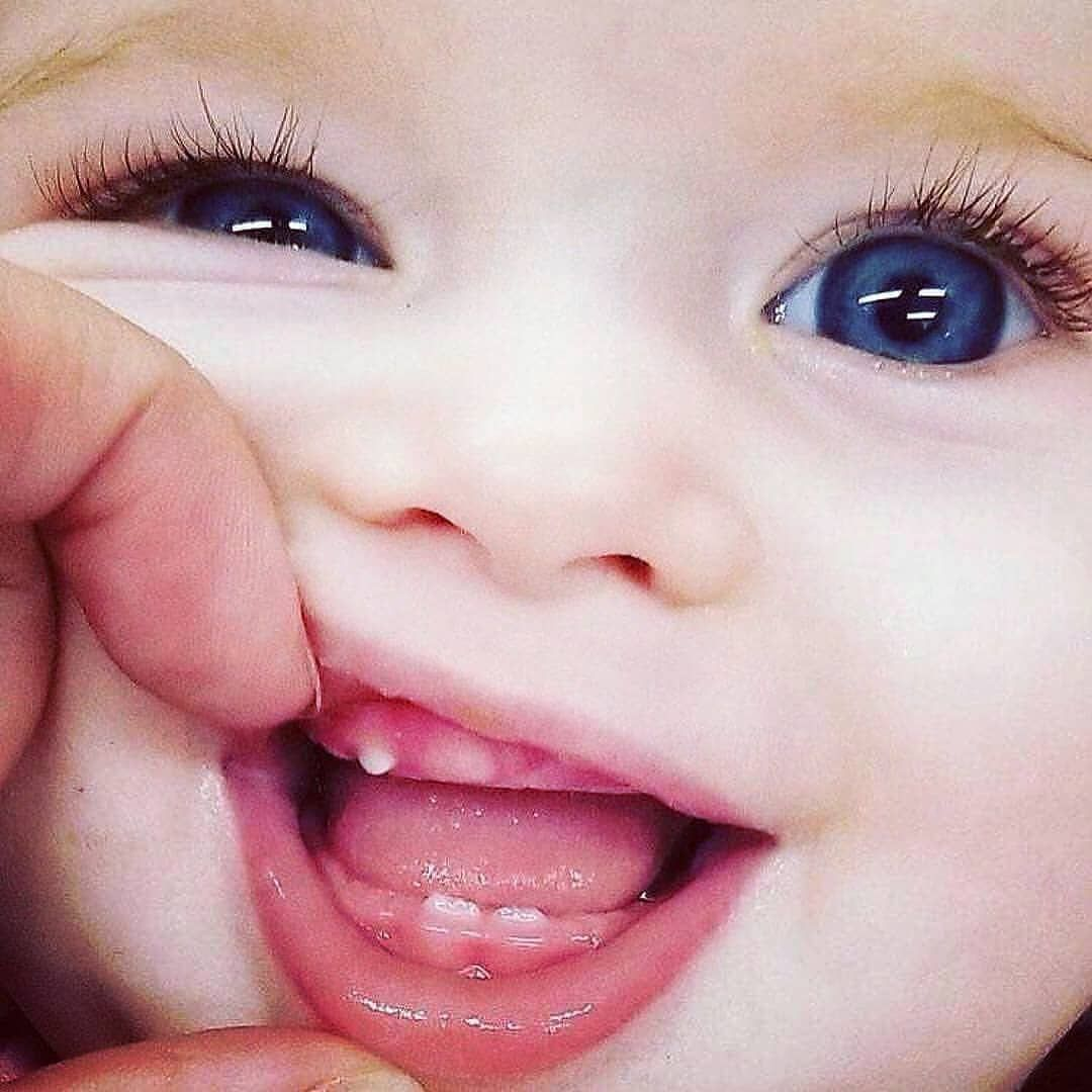 Aww So Cute Baby Tag Your Friends Tag Your Baby Accounts Tag Parents Dm For Credit Bebekbe Cute Babies Beautiful Babies Beautiful Baby Girl