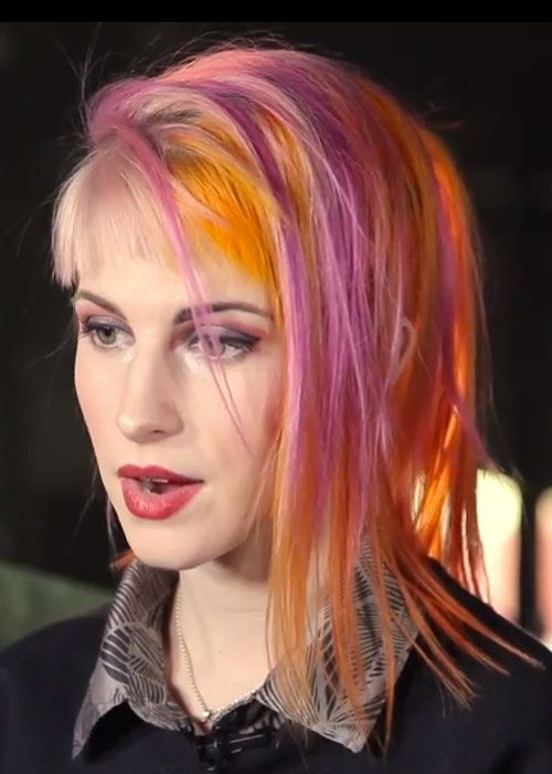 Hayley Williams Pink Hair Live