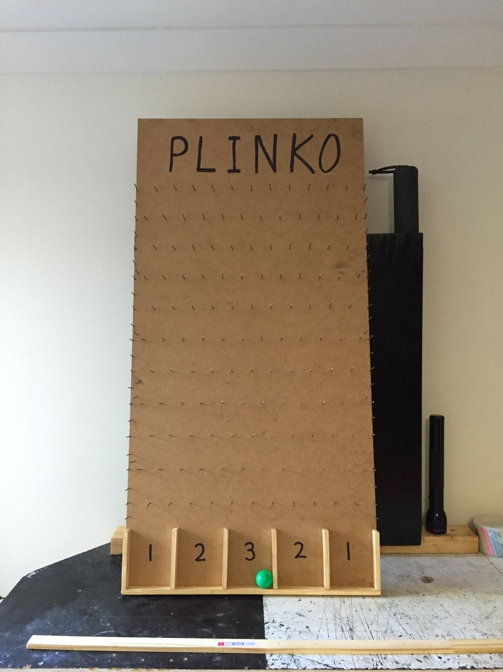 Plinko board diy game for circuscarnival party cool diy plinko board diy game for circuscarnival party solutioingenieria Choice Image