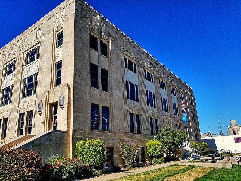 Grady county courthouse chickasha ok 1 courthouse