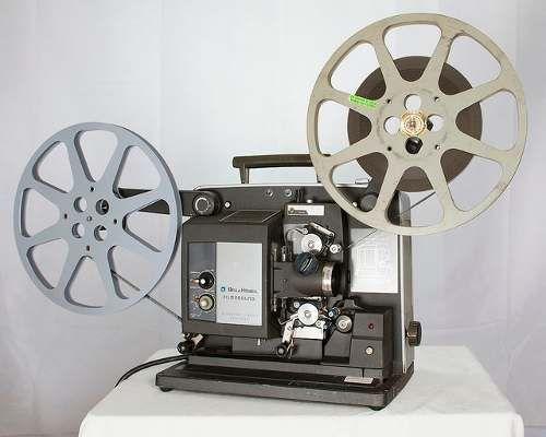 Una Imagen De Un Proyector Para Los Rollos De Peliculas De 8 12 Y 16 Mm Proyector De Peliculas Proyector De Cine Proyector