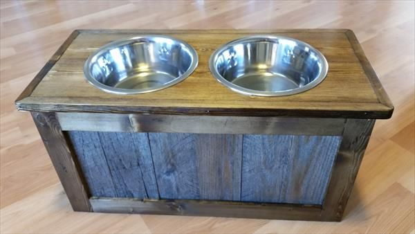 Charming Dog Bowl Stand Pallet   Google Search Mais
