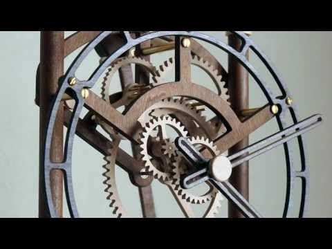 Quintus Wooden Clock (video)