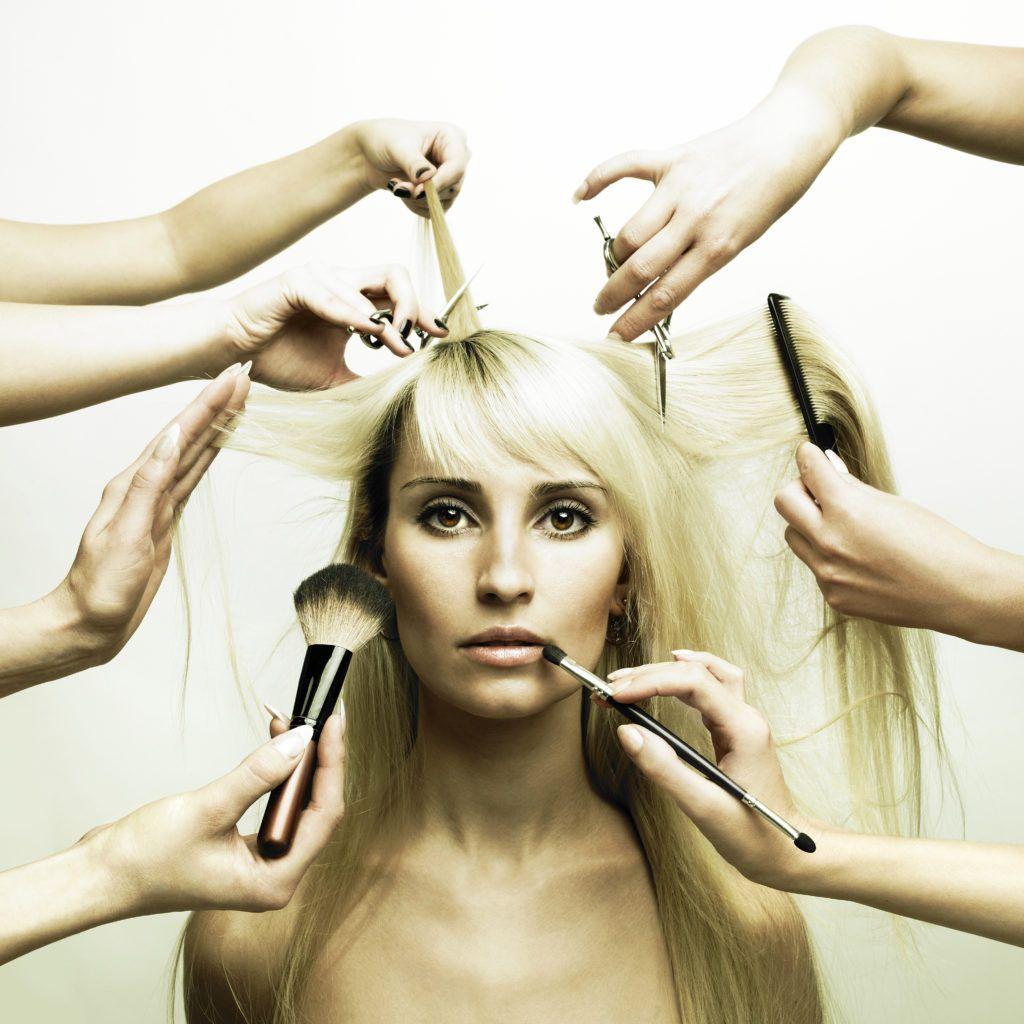 Evans Hairstyling College Glamorous Messa In Piega Massaggio Drenante Gambe Scrub Body Pulizia Del Viso