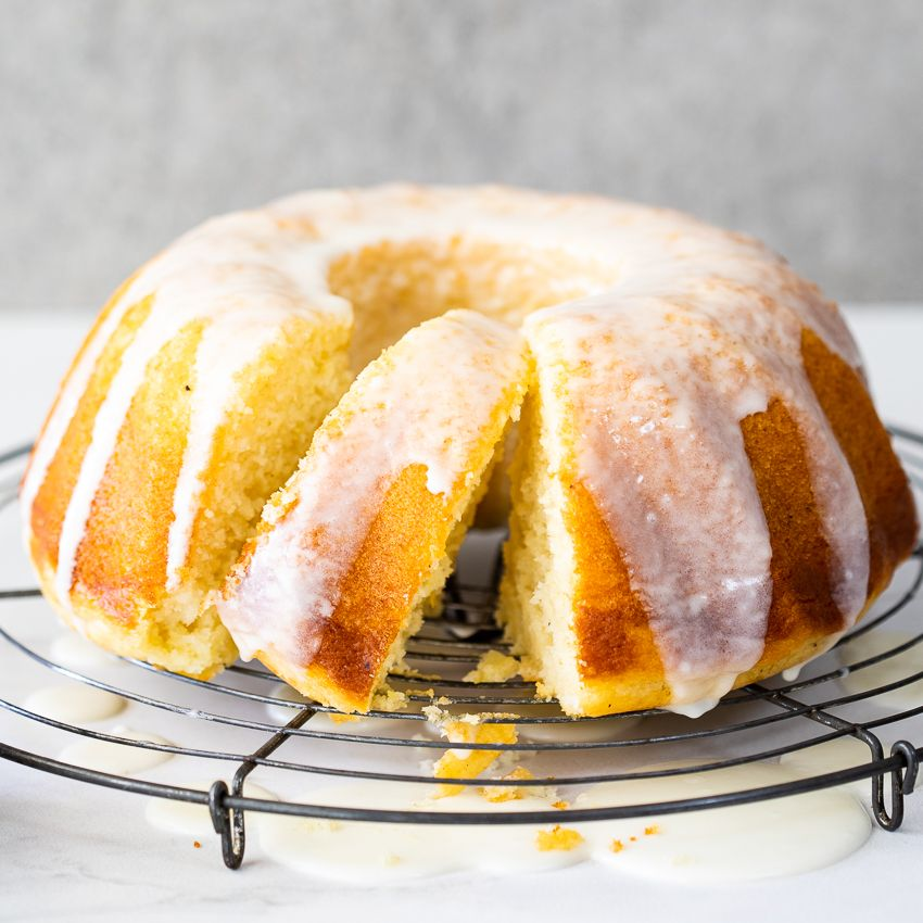 Incredibly Moist And So Lemony This Easy Sour Cream Lemon Cake Is A One Bowl Wonder And Perfect As A T Sour Cream Pound Cake Lemon Cake Recipe Sour Cream Cake