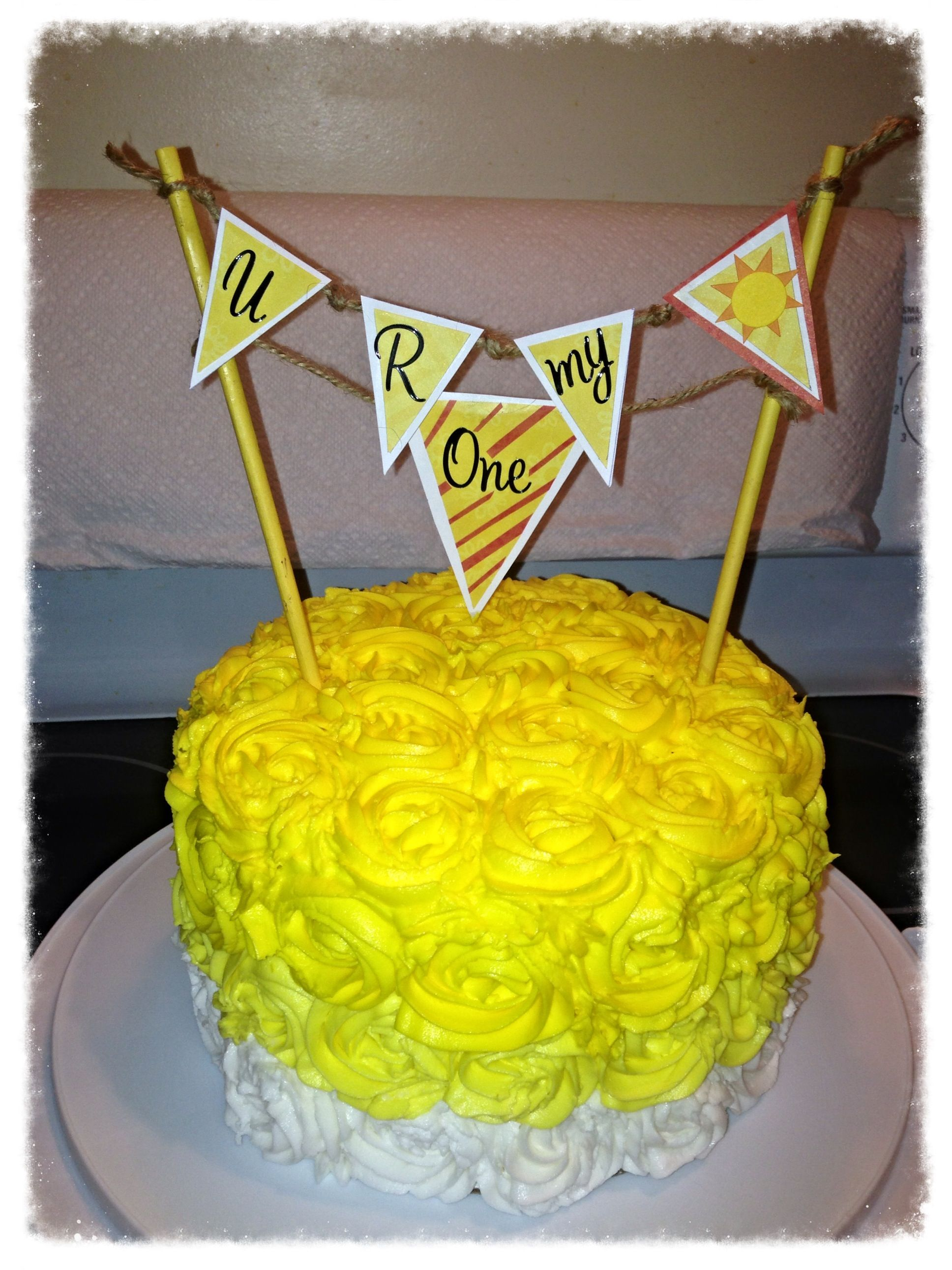 You are my sunshine cake for first birthday /smash cake pics