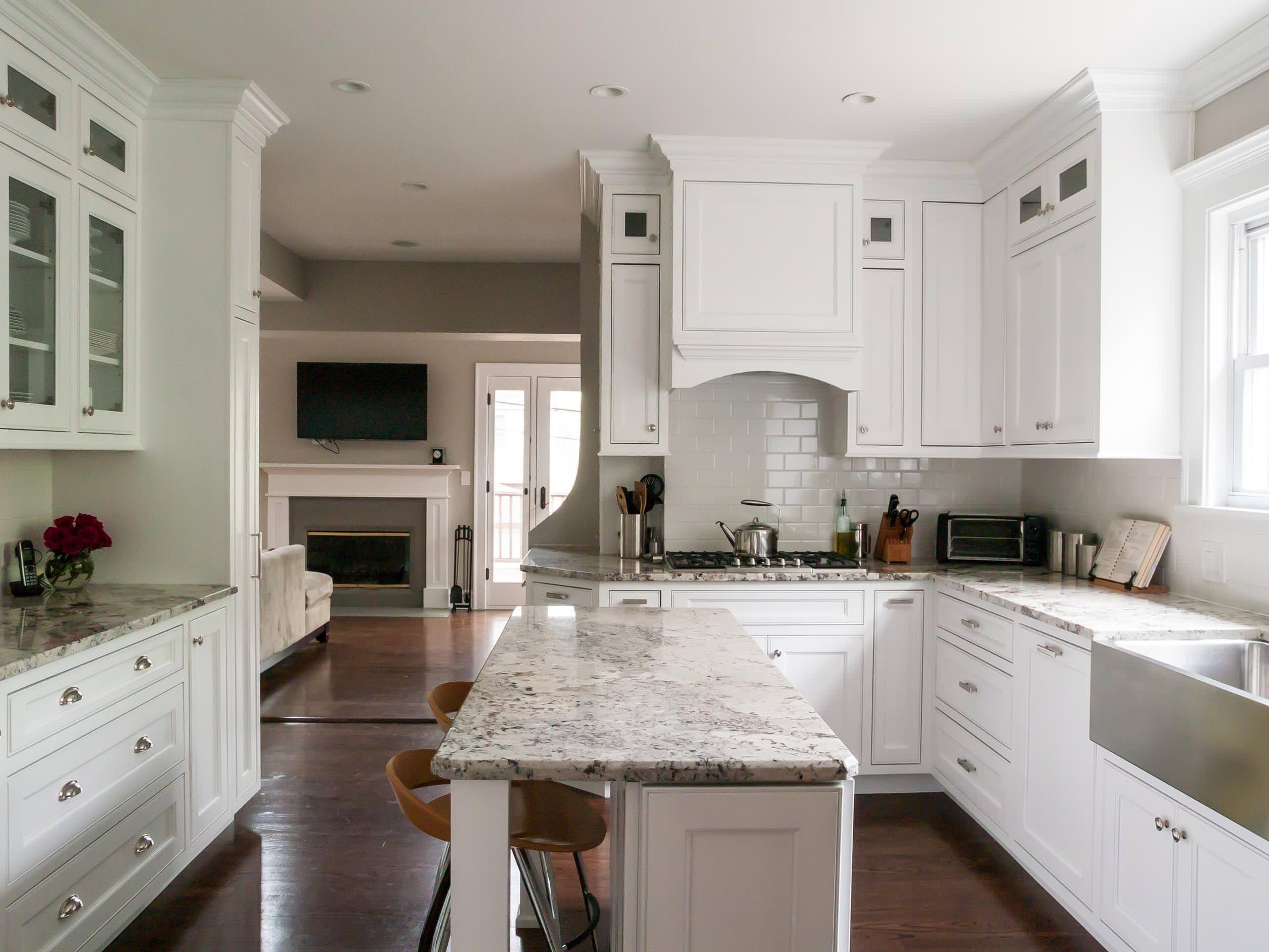 White Kitchen Cabinet With Silver Handle And Santa Cecilia Granite Narrow Kitchen Island Kitchen Island Dimensions Kitchen Designs Layout