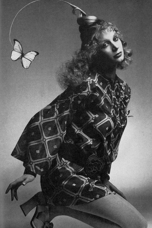 1970. UK Vogue. Model Shirley-Ann Hayes. Photo by Clive Arrowsmith (B193?)