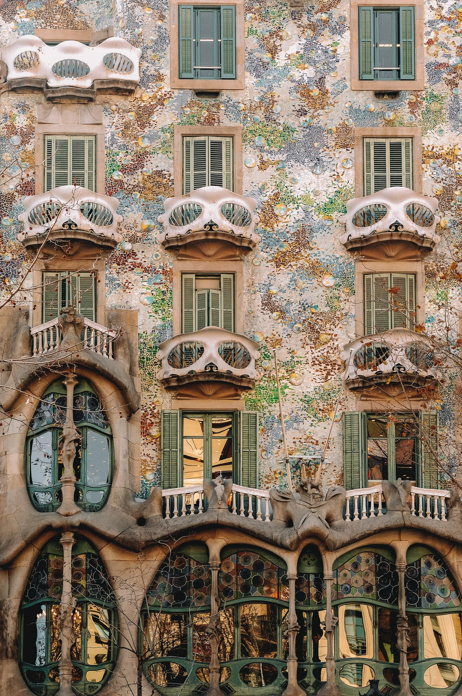 6 Must See Buildings By Gaudi In Barcelona