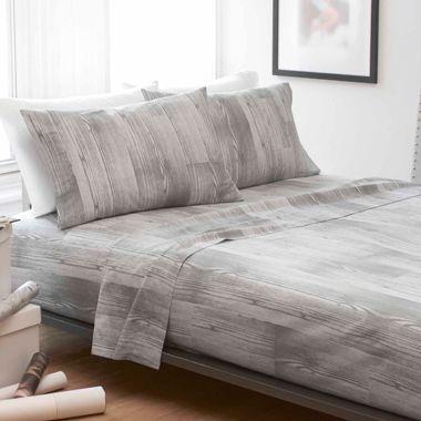 Woodgrain Bedding Beautiful