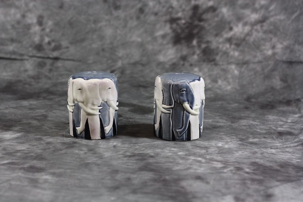 OTAGIRI ELEPHANT CERAMIC Salt and Pepper Shakers TOM TAYLOR DESIGN
