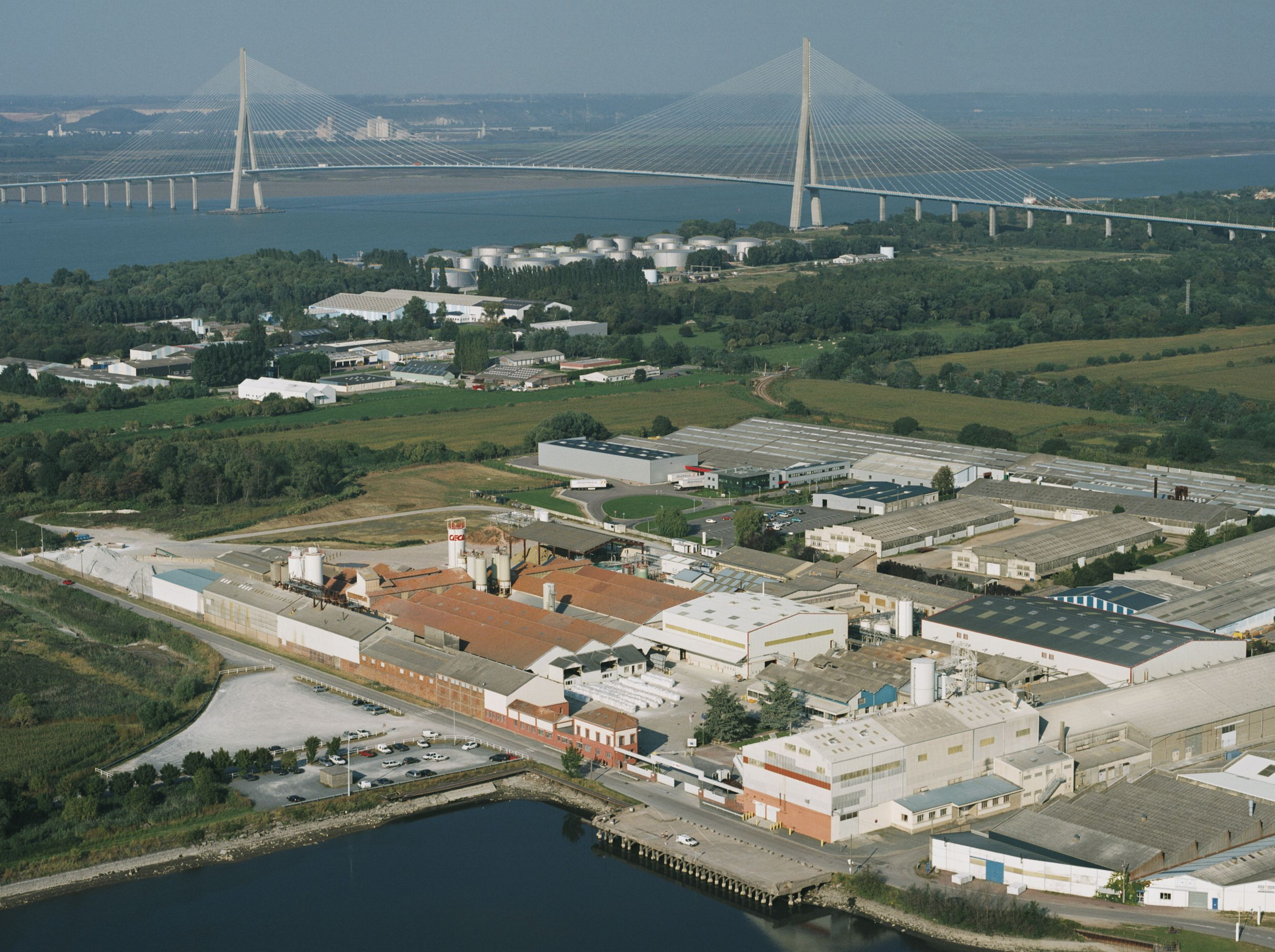 Bird's eye view of Honfleur CECA plant