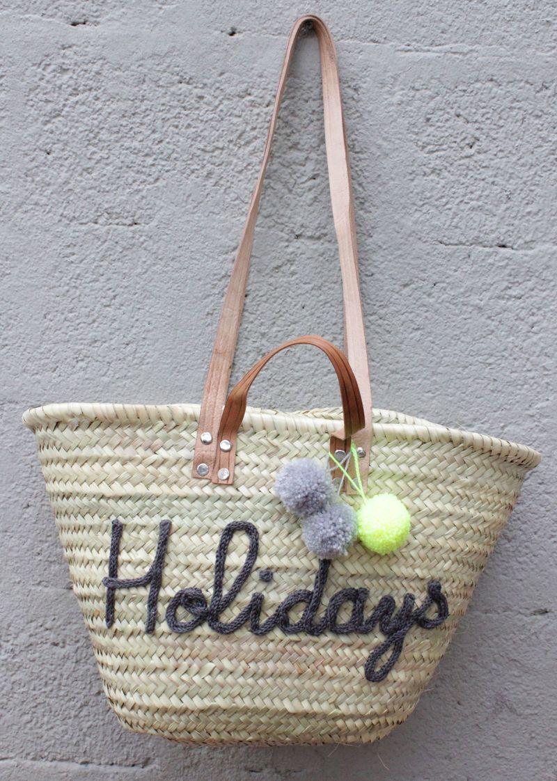 l 39 atelier des petites bauloises panier de plage holidays pinterest. Black Bedroom Furniture Sets. Home Design Ideas