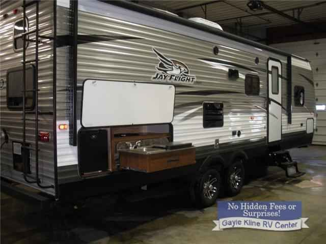 "2016 New Jayco Jay Flight 27BHS Travel Trailer in Pennsylvania PA.Recreational Vehicle, rv, 2016 Jayco Jay Flight 27BHS, Optional Equipment Installed On This Vehicle By Manufacturer:Customer Value Package - 15K A/C,Thermal Package w/ Enclosed Underbelly,39"" TV,Aluminum Rims,Roof Ladder"