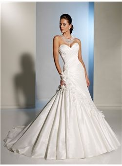 Classical A-line Sweetheart Flower(s) Taffeta Wedding Dresses