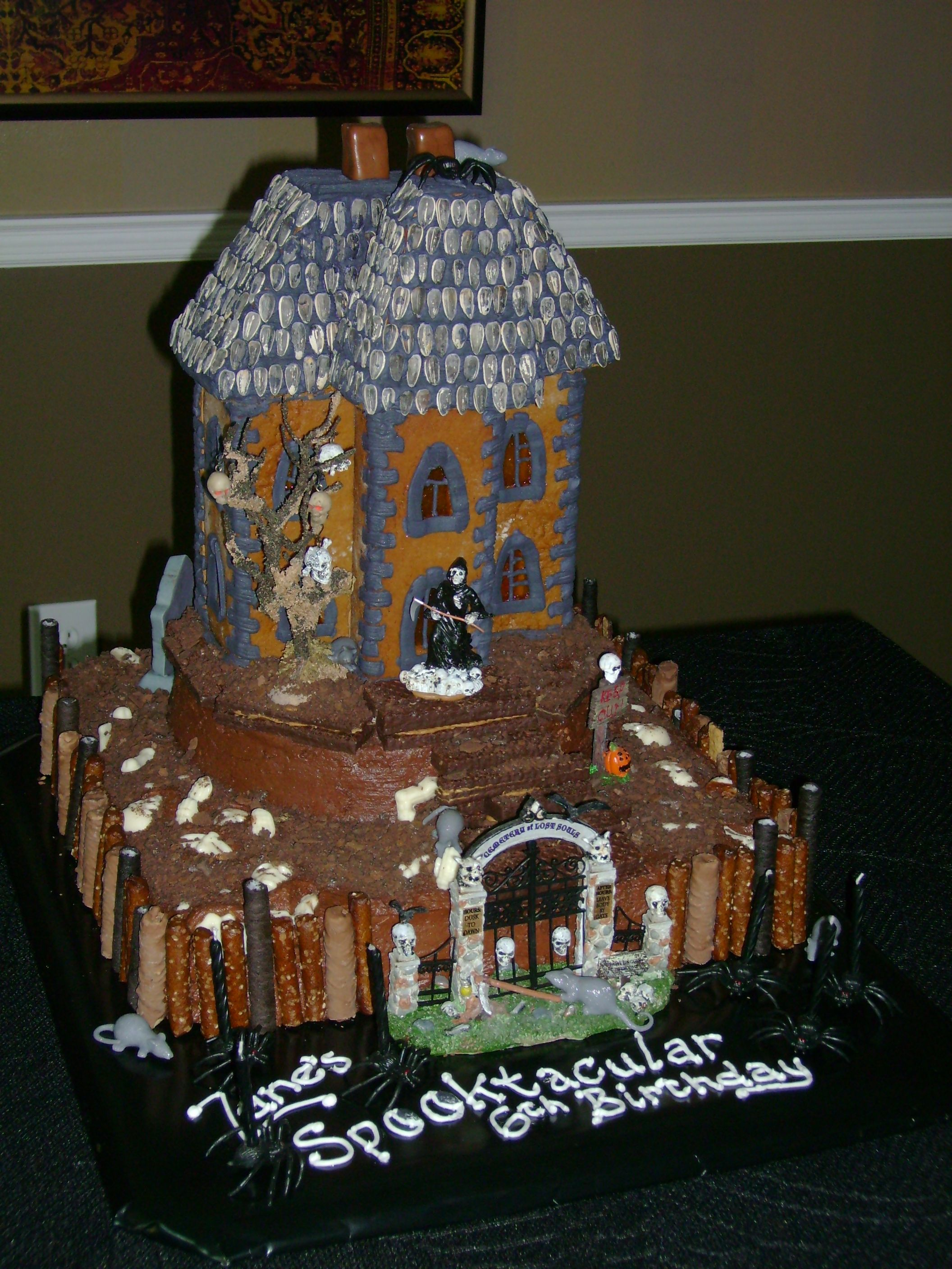 Haunted House cake I made with help from my kids for my Grandson\u0027s - halloween houses decorated
