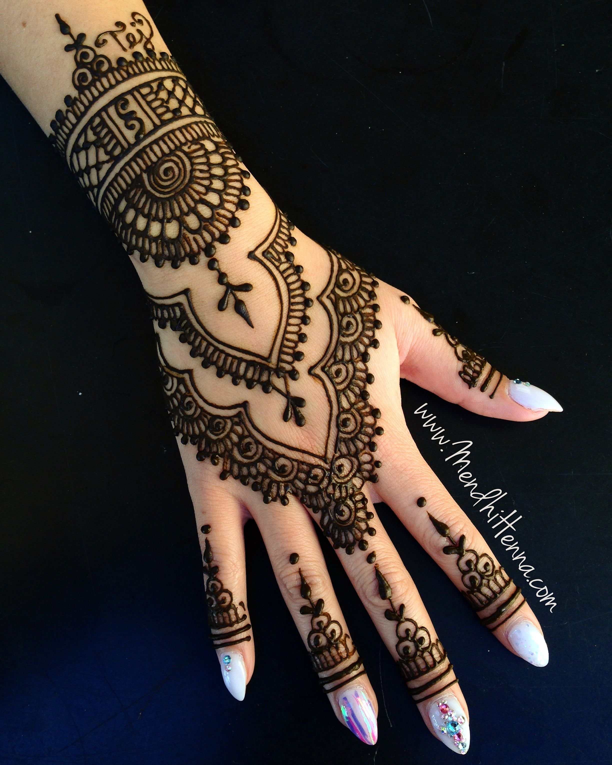 Excited For 2017 18 For Booking Info Please Send Me Your Location Date And Email Address Lon Henna Tattoo Hand Henna Tattoo Designs Wedding Mehndi Designs
