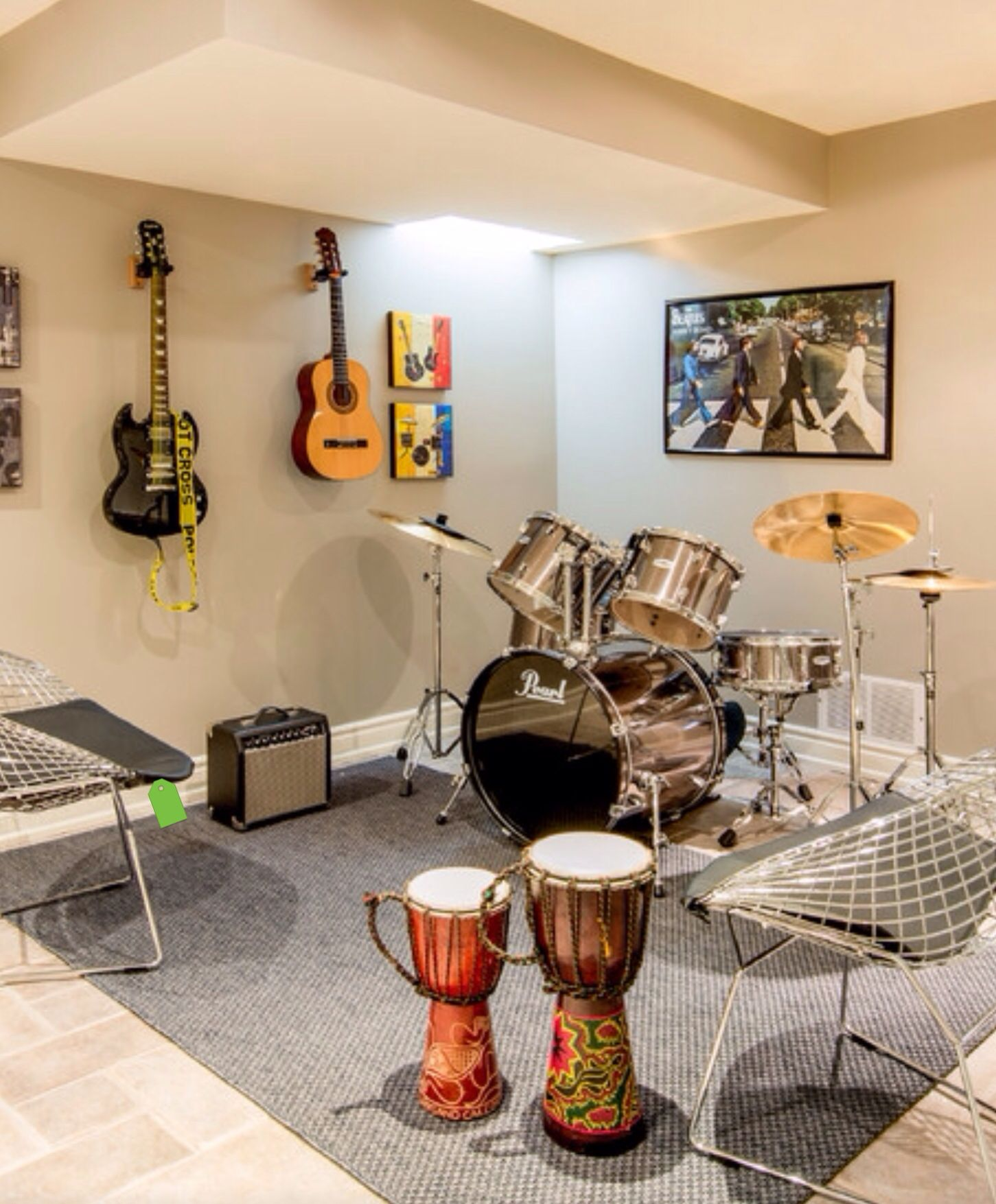 Music Room A Must Have For Those Who Dance (Like