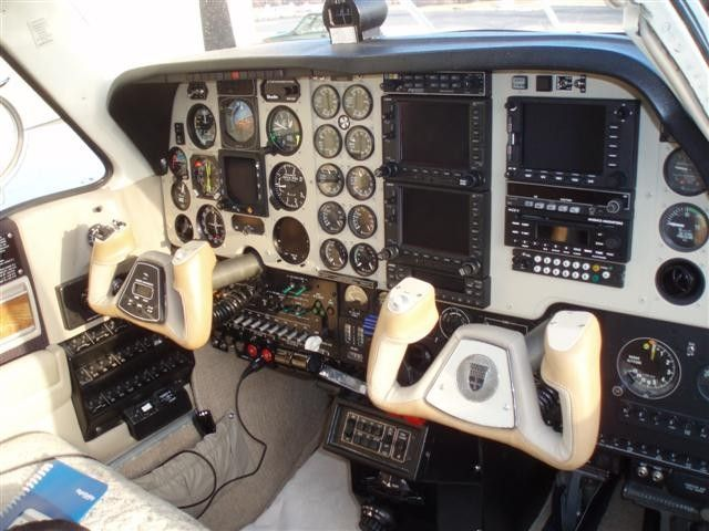 1984 Beechcraft Baron 58P =>   N81DD   Beechcraft baron