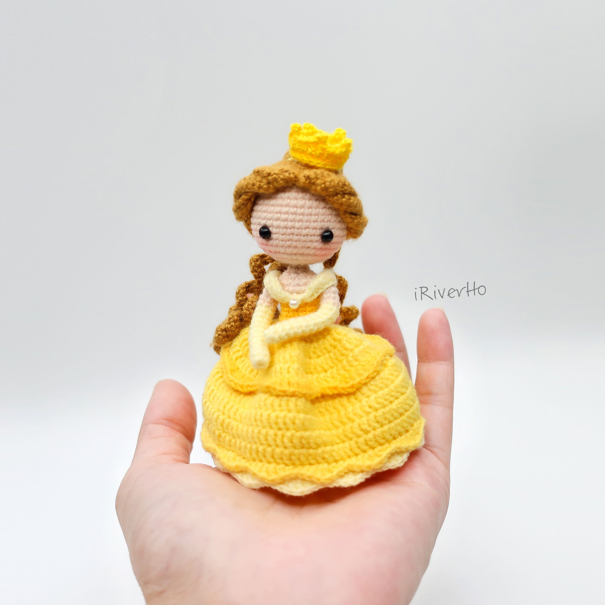 Belle #amigurumi #crochet #princess #Disney #貝兒 #doll #handmade ...