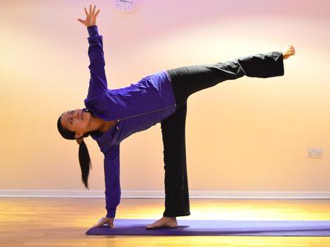 half moon pose ardha chandrasana  step 3  yoga courses