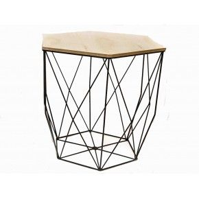 Metalen tafel met houten blad € 42,50  http://www.zusenzowonen.nl/meubels/gifts-metalen-tafel-met-houten-blad