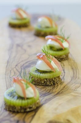 A brief history of canapes and amuse bouche what and how for Canape origin