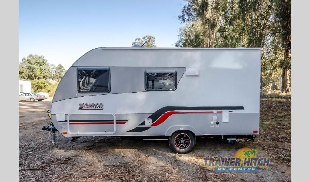 New 2018 Lance Travel Trailers 1475 Trailer At Hitch Rv Nipomo Ca 7672 1 3 Windows Around Bed 2 Easy Swivel Chairs With