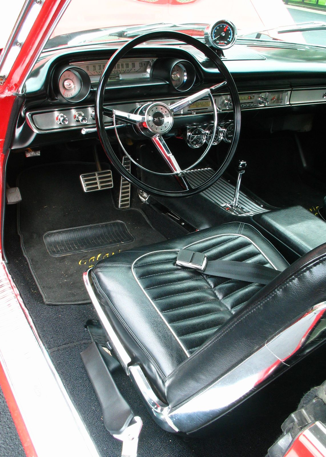 Jerry Ostalecki S 1964 Ford Galaxie 500xl Is An Engine Swap Car Just The Way You D Find Many If Not Most Serious Bou Ford Galaxie 1964 Ford Ford Galaxie 500