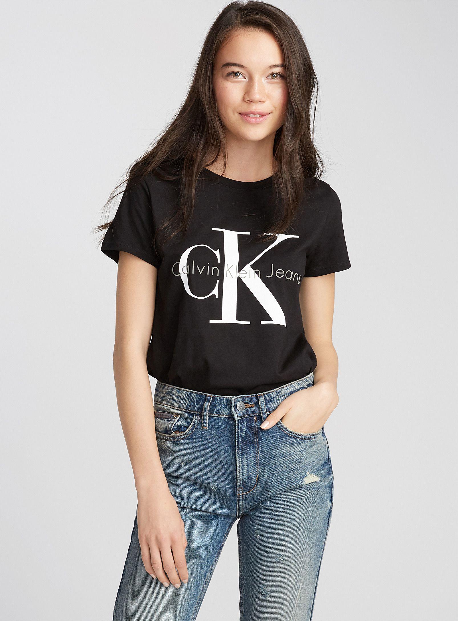 75a1beaea CK tee   Calvin Klein Jeans   Shop Women's Short Sleeve   Simons ...