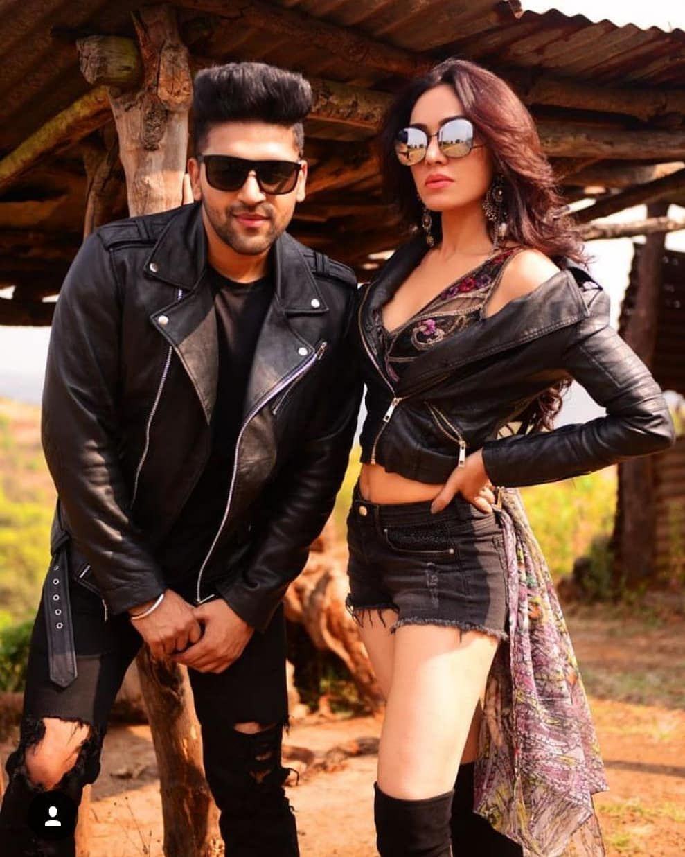 Gururandhawa And Khushalikumar Release Thier Foot Tapping Song Raat Kamaal Hai On Tseries Youtube Channel Check It Out Gur Guru Pics Love Guru Tap Songs