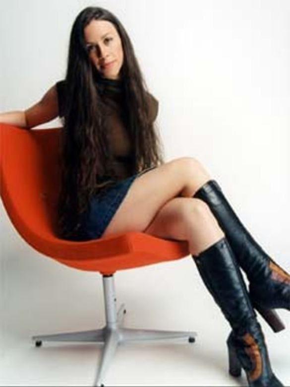 Pin by kito on kito | Alanis morissette, Nice legs, Nice ...