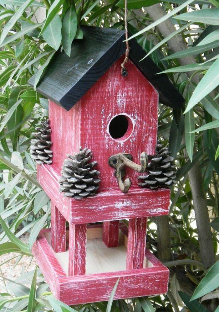 1001 id es cr atives pour mangeoire oiseaux fabriquer soi m me nichoir oiseau petit trou. Black Bedroom Furniture Sets. Home Design Ideas