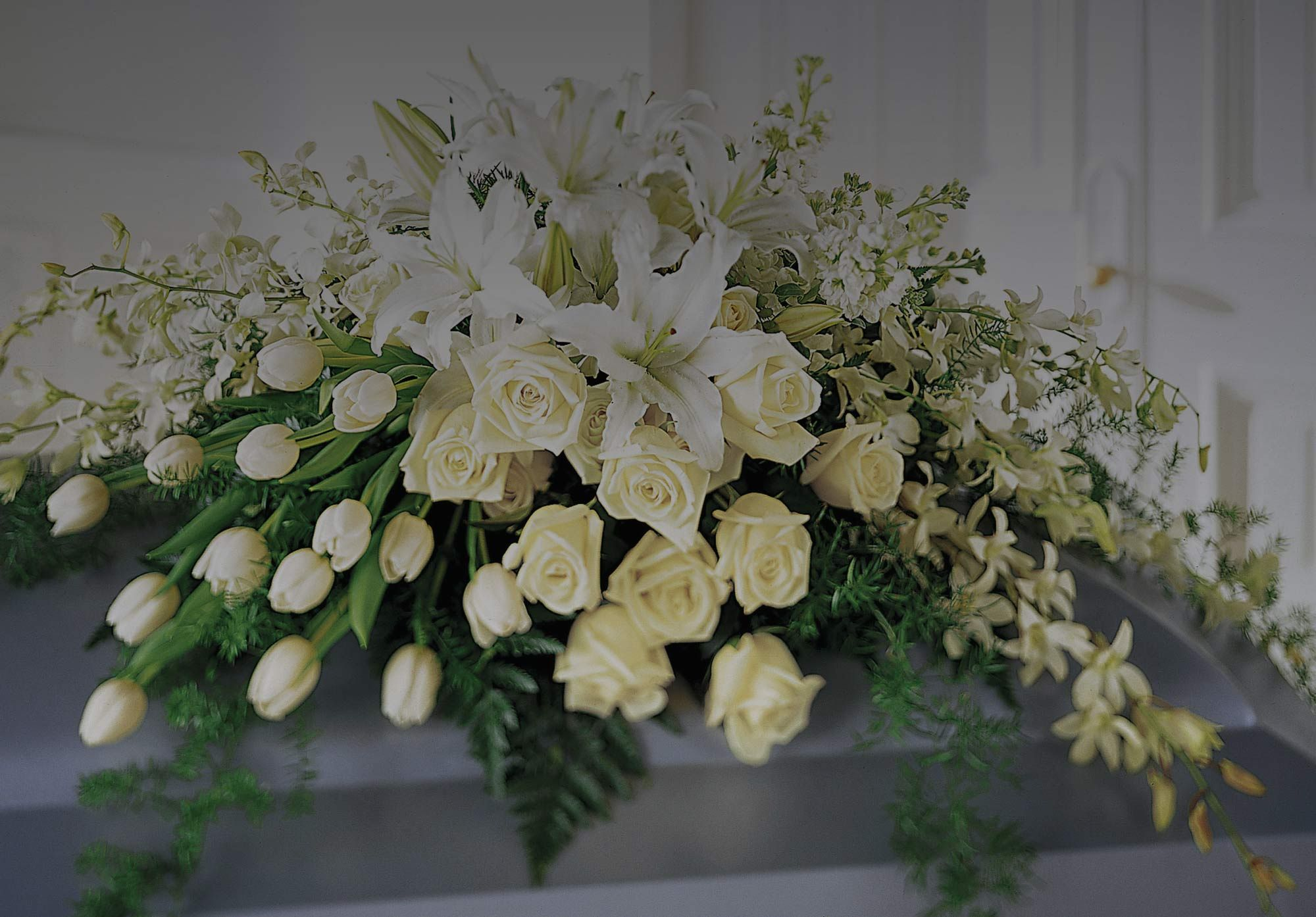Florists for funerals social bookmarking pinterest funeral pay respect to your loved ones with flowers for funerals from funeral flowers london we create touching funeral sympathy arrangements for any funeral type izmirmasajfo