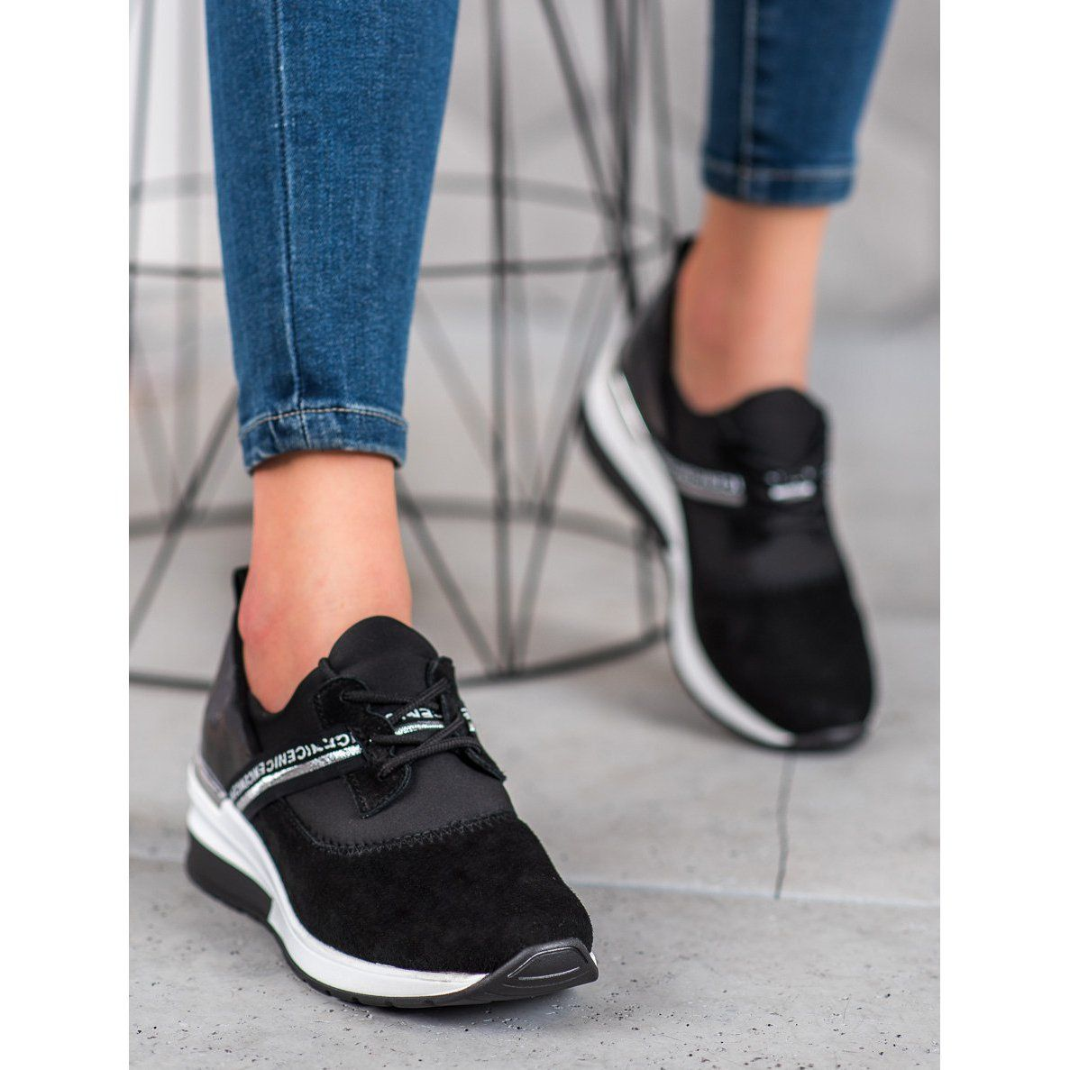Filippo Skorzane Sneakersy Nice Czarne Leather Sneakers Types Of Heels Leather Heels