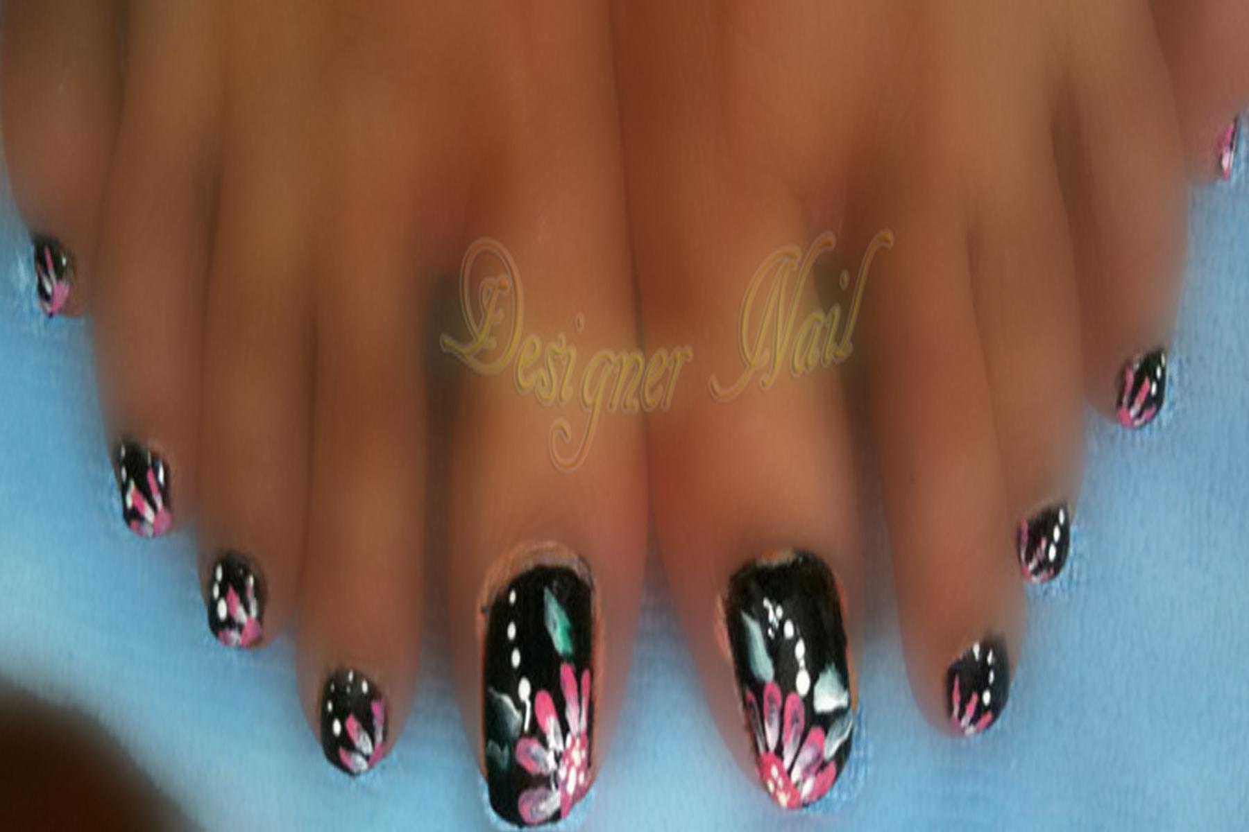 black n pink daisy flower nail art | Nail | Pinterest | Flower nail art