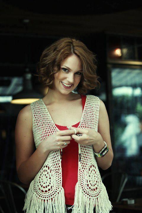 Farah Zeynep Abdullah Turkish Beauty Short Hair Model Turkish Actors